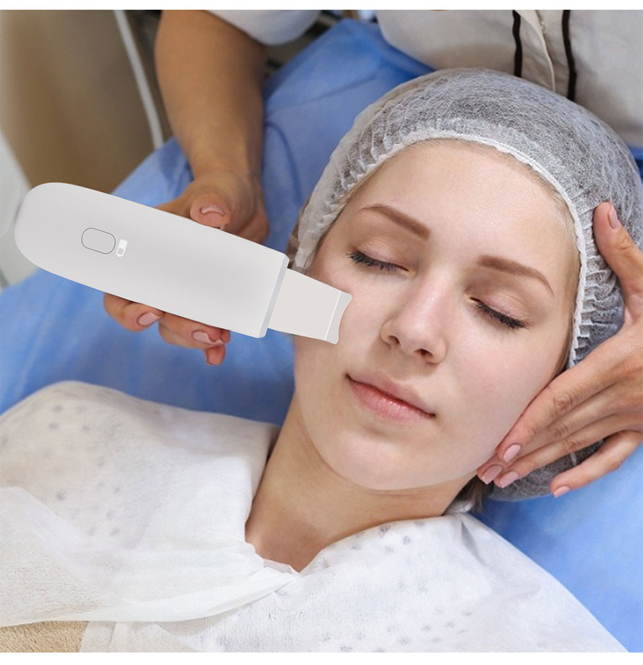 Ultrasonic Skin Scrubber Deep Cleaning Face Scrubber Vibrating Facial Cleansing Skin Spatula Peeling Beauty Instrument Device