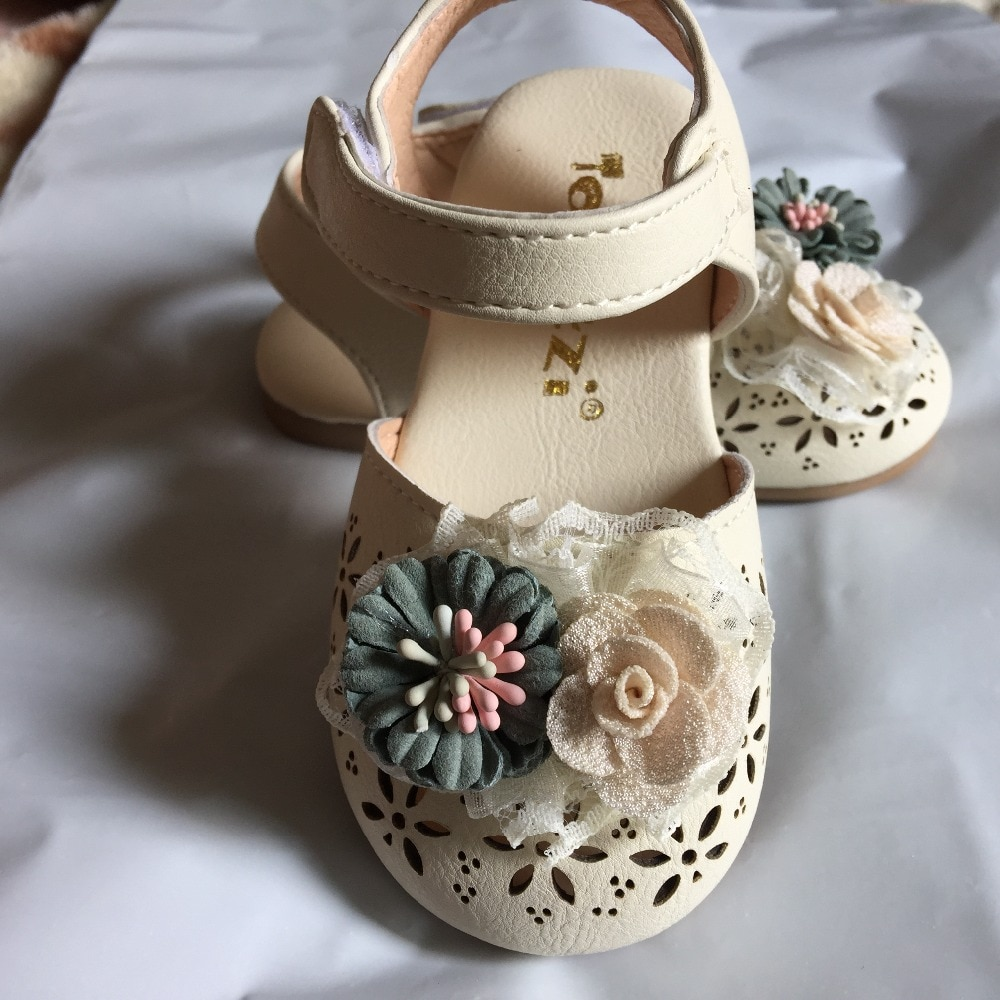 2020 Newest Summer Kids Leathers Shoes Sweet Flower Children Sandals For Girls Toddler Baby Breathable Hollow Out Shoes