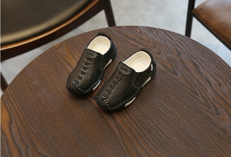 Children England Style Boys Leather Shoes Baby Fashion Sewing Casual Shoes PU Leather Autumn Soft Sole Sneakers Slip On B06061