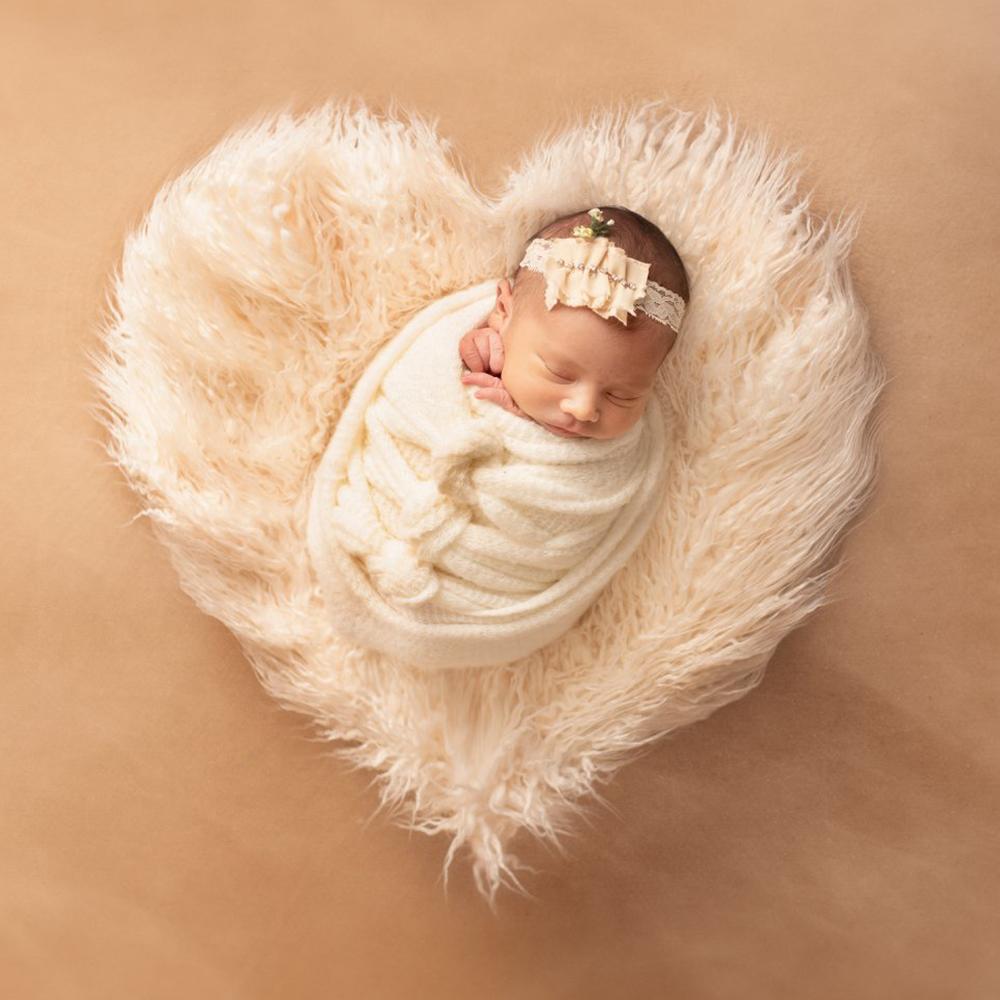 Don&Judy New Heart Blanket Newborn Baby Soft Faux Fur Photograph Prop Blanket Infant Background Photo Prop Basket Stuffer Filler
