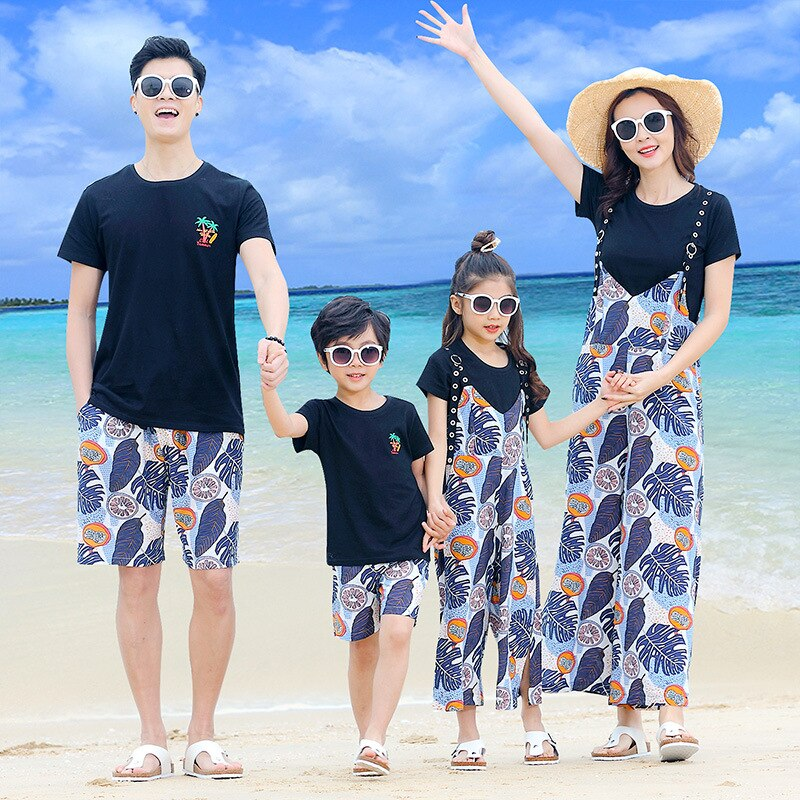 Korean couple clothing tshirts college fashion style pair lovers women summer beach dress family matching clothes outfit wear 12