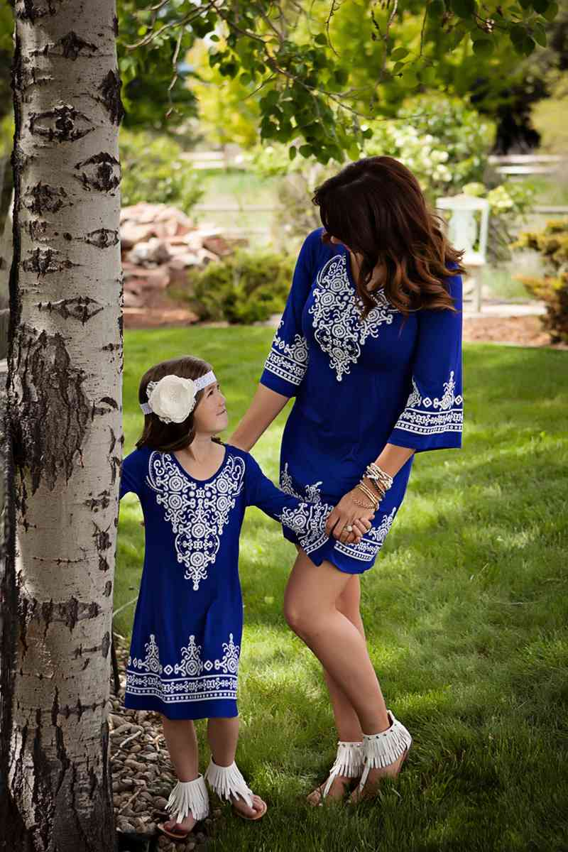 Mother And Daughter Half Sleeve Dresses 2018 Family Matching Clothes Kids Parents Matching outfits Mommy And Me Dress