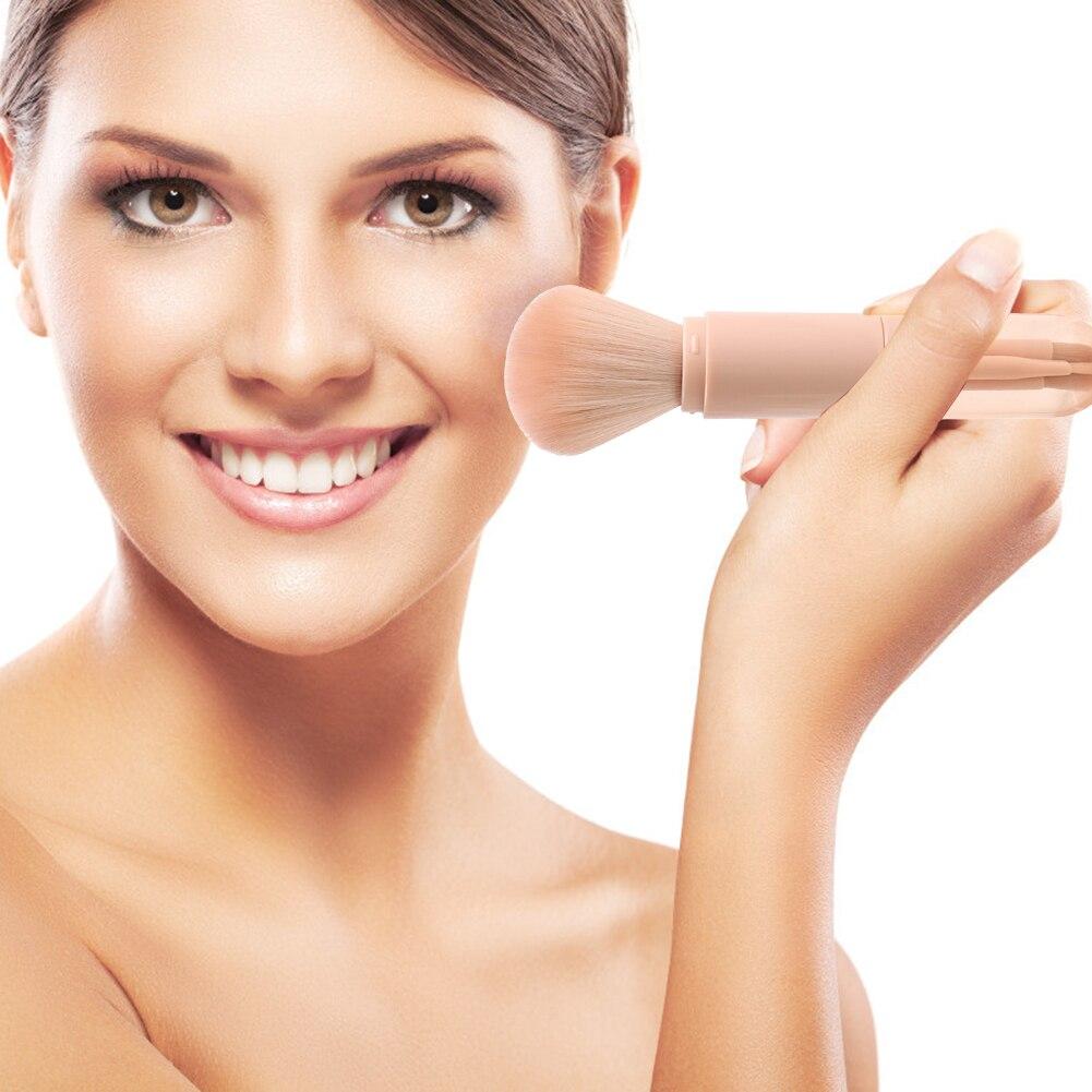 Telescopic Makeup Brushes Set