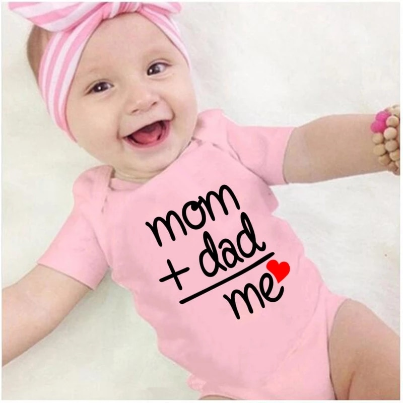 0-18M Summer Cotton Newborn Infant Baby Clothes Mom Plus Dad Equal Me Funny Cute Toddler Jumpsuits Bodysuits Outfits