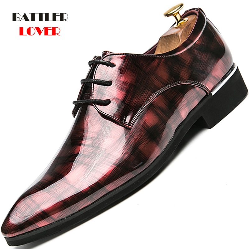 Brand Brogue Brown Red Black Men Business Dress Shoes Pointed Toe Men's Wedding Shoes Genuine Leather Formal Shoes Casual Flats