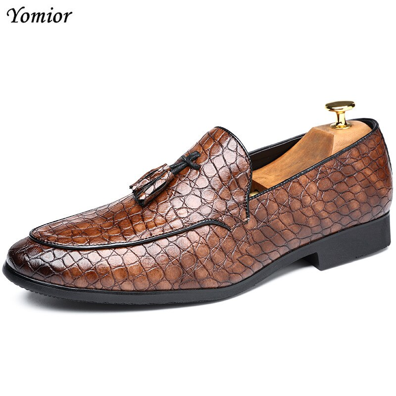Yomior Pointed Toe Leather Formal Shoes Men's Dress Shoes Spring Summer Tassel Suit Business Italian Wedding Male Elegant Shoes