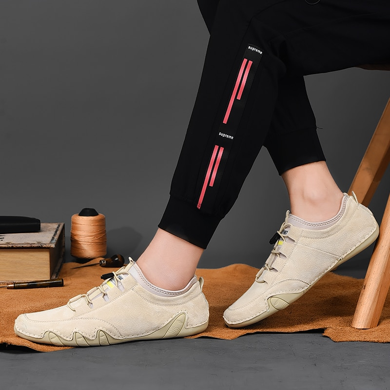 Men's Sneakers cow suede Leather Men Loafers Shoes Fashion Slip on Men Driving Shoes Soft Sapato Masculino Mocassin Homme