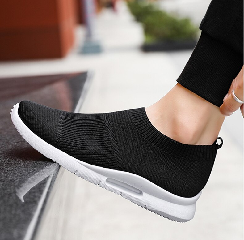 Damyuan Men Light Running Shoes Jogging Shoes Breathable Man Sneakers Slip on Loafer Shoe Men's Casual Shoes Size 46 2020