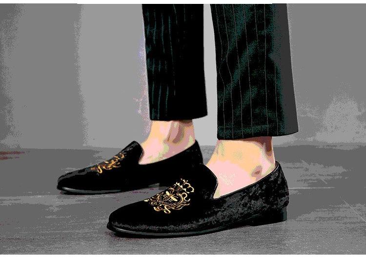 Fashion Party Wedding Shoes Handmade Men Loafers Embroidered Velvet Shoes Men Dress Shoe Men's Fats