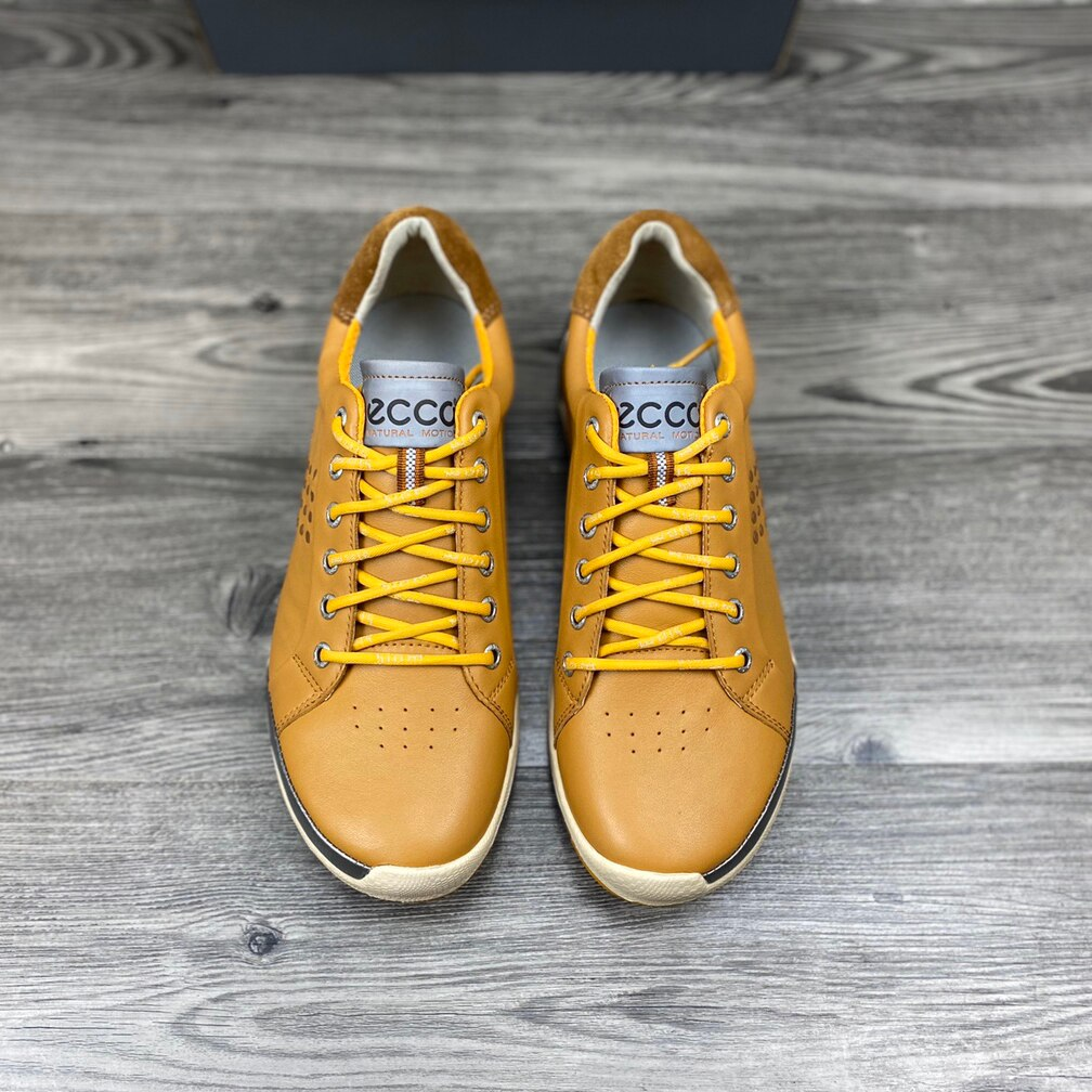 Professional Men Golf Shoes High Quality Spikless Golf Footwears Anti Slip Genuine Leather Walking Shoes Outdoor Sport Wears