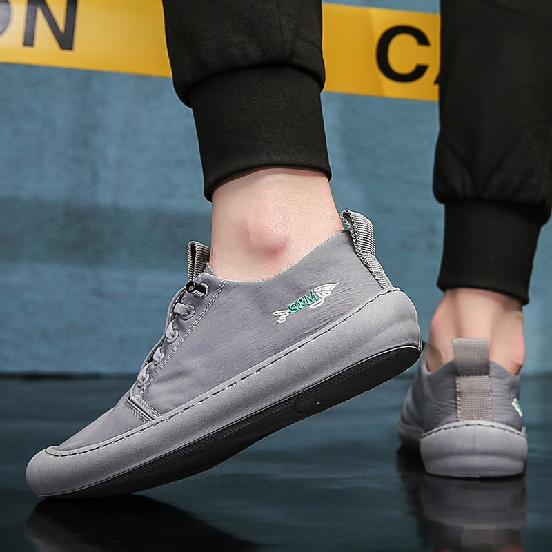 2020 New Casual Men Spring and Autumn Shoes Sneakers Men's Fashion Casual Lace-Up Trend Sport Breathable Student Shoes