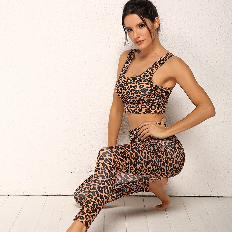 2020 New 2 Piece Set Women High Waist Panther Printed Yoga Set Gym Clothing Fitness Sport Suit Dry Fit Tracksuit Sports Bra Kit