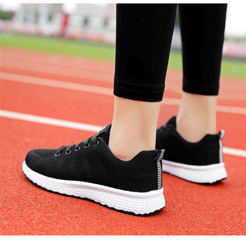 Winter Women's Sport Shoes Lace Up Running Shoes Ladies Light Flats Sneakers Woman Large Size Warm Fashionable Sports Shoe Y3