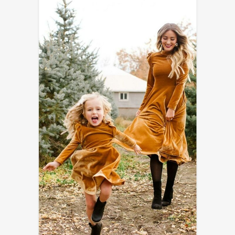 2020 Winter Mother And Daughter Corduroy Dresses Family Matching Fall Clothes Outfits Wedding Party Mom Kids Christmas Clothing